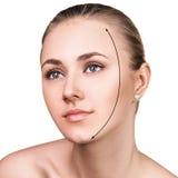 Mooi vrouwengezicht met correctielijn Stock Fotografie