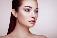 Mooi vrouwengezicht met perfecte make-up royalty-vrije stock foto's