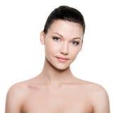 Mooi vrouwengezicht met schone huid Royalty-vrije Stock Foto's