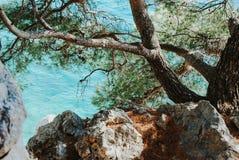 Mooi water van Adriatische overzees, hoogste mening stock afbeeldingen