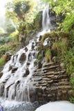 Mooi watervallandschap in Mussoorie India Stock Fotografie