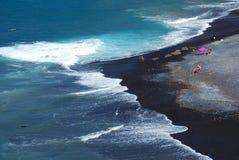 Mooi zwart zand Playa DE La Enramada in Adeje op Tenerife royalty-vrije stock foto