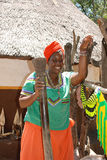 Mooi zwarte in Cultureel dorp Lesedi, Zuid-Afrika royalty-vrije stock fotografie
