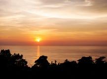 Mooie aard met kleur van zonsondergang Stock Foto's