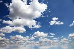 Mooie abstracte aardwolken voor achtergrond Stock Foto's