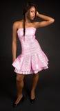 Mooie Afrikaanse Amerikaanse Dame Looking Sideways stock fotografie