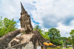 Mooie architectuur bij het park van Boedha in Vientiane royalty-vrije stock foto's