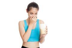 Mooie Aziatische gezonde de weiproteïnegeur van de meisjeshaat Stock Foto