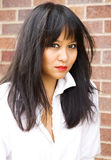 Mooie Aziatische Vrouw in het Moderne Plaatsen Stock Afbeelding