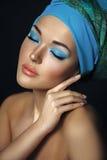 Mooie Aziatische vrouw met tulband of hijab Portrai van de Etnicschoonheid Stock Foto