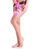 Mooie benen van vrouw na kuuroord Stock Afbeeldingen