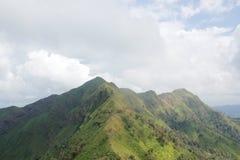 Mooie berg in Thailand Royalty-vrije Stock Afbeeldingen