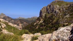 Mooie bergen van het Eiland Mallorca stock video