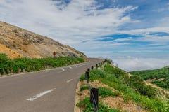 Mooie bergweg Stock Afbeelding