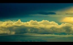 Mooie bewolkt na regen Stock Afbeelding