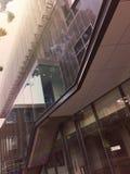 Mooie bezinning bij de glasbouw Stock Afbeeldingen