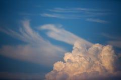 Mooie blauwe hemel Stock Foto