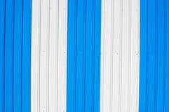 Mooie blauwe kleur van de achtergrond van de de muurtextuur van het zinkaluminium Stock Afbeelding