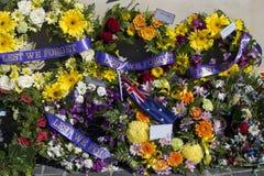Mooie Bloemenkronen op Anzac Day in Bunbury Westelijk Australië royalty-vrije stock foto's