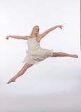 Mooie Blonde Eigentijdse Danser - Gespleten Sprong Royalty-vrije Stock Foto