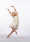 Mooie Blonde Eigentijdse Danser - Helling Royalty-vrije Stock Fotografie