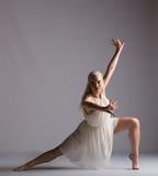 Mooie Blonde Eigentijdse Danser - stel Stock Fotografie
