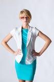 Mooie blonde jonge onderneemster stock afbeelding