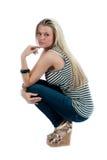 Mooie blonde vrouw die op wit wordt geïsoleerdp Royalty-vrije Stock Fotografie