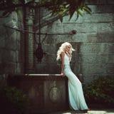 Mooie blonde vrouwen. Manier stock fotografie