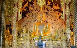 Mooie Boedha in Boeddhisme de verering van de Thaise mensen royalty-vrije stock afbeelding