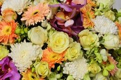 Mooie boeket abstracte bloemen als achtergrond Royalty-vrije Stock Foto's