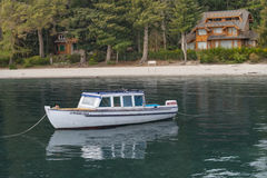 Mooie boot op landschap Patagonië Argentinië Royalty-vrije Stock Foto's
