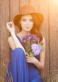 Mooie bruid in blauwe kleding Royalty-vrije Stock Afbeelding