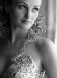 Mooie Bruid op haar huwelijksdag stock fotografie