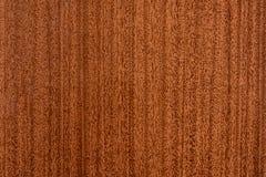 Mooie bruine houten achtergrond op gelakt geweven triplex stock afbeeldingen