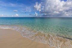 Mooie Caraïbische Stranden van Heilige Martin, Sint Maarten Cari royalty-vrije stock foto's