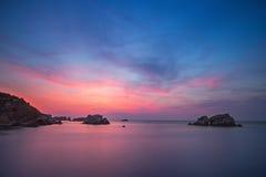 Mooie cloudscape over het overzees bij zonsopgang Stock Fotografie