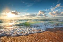 Mooie cloudscape over het overzees, zonsopgangschot Royalty-vrije Stock Fotografie