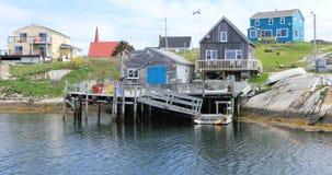 Mooie dag bij Peggys-Inham in Nova Scotia 4K stock videobeelden