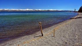 Mooie dag op Meer Yellowstone Stock Afbeeldingen