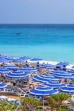 Mooie daglichtmening aan van de Kooid ` van Nice het strandtoevlucht azur in Frankrijk royalty-vrije stock foto's