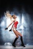 Mooie dansersvrouw stock afbeelding