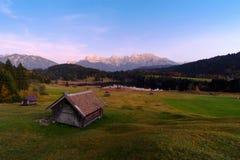 Mooie de herfstmening dichtbij het meer van Wagenbruchsee Geroldsee royalty-vrije stock afbeeldingen
