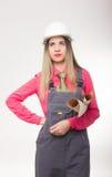 Mooie de holdingsblauwdrukken van de vrouwen civiel-ingenieur Stock Foto