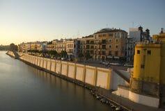 Mooie dijk in Sevilla stock fotografie