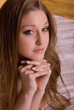 Mooie donkerbruine vrouw royalty-vrije stock foto's
