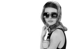 Mooie donkerbruine vrouw in een retro stijl Stock Foto