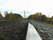 Mooie en glanzende spoorweg stock fotografie