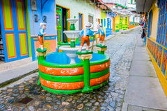 Mooie en kleurrijke straten in gekende Guatape, Royalty-vrije Stock Foto's