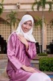 Mooie en zoete Aziatische Maleisische Moslimdame Stock Foto's